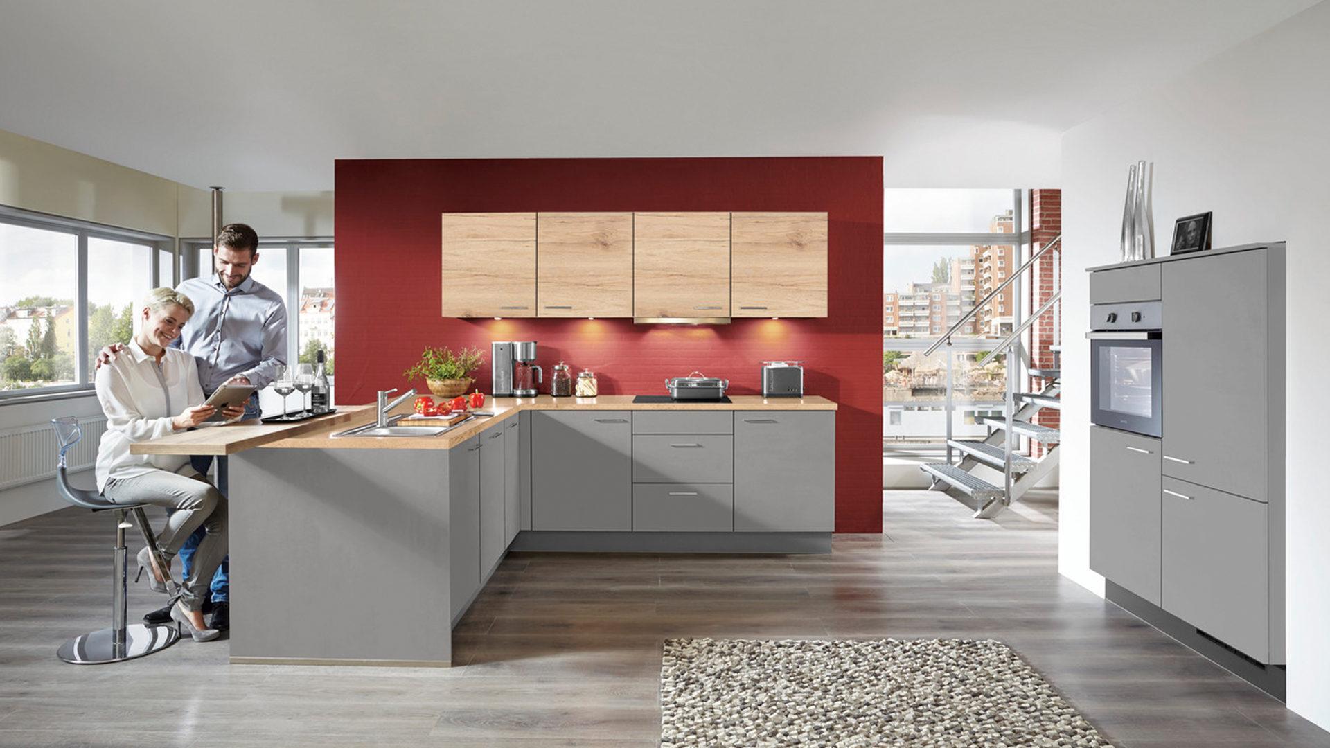 Einbauküche mit gorenje Elektrogeräten und Küchenschrank, San Remo ...