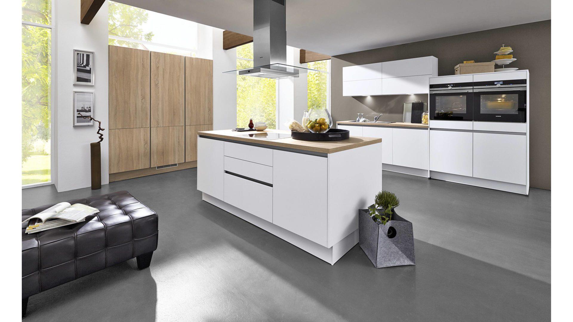 Berühmt Wahl Lackfarben Für Küche Mit Schränken Aus Eichenholz Fotos ...