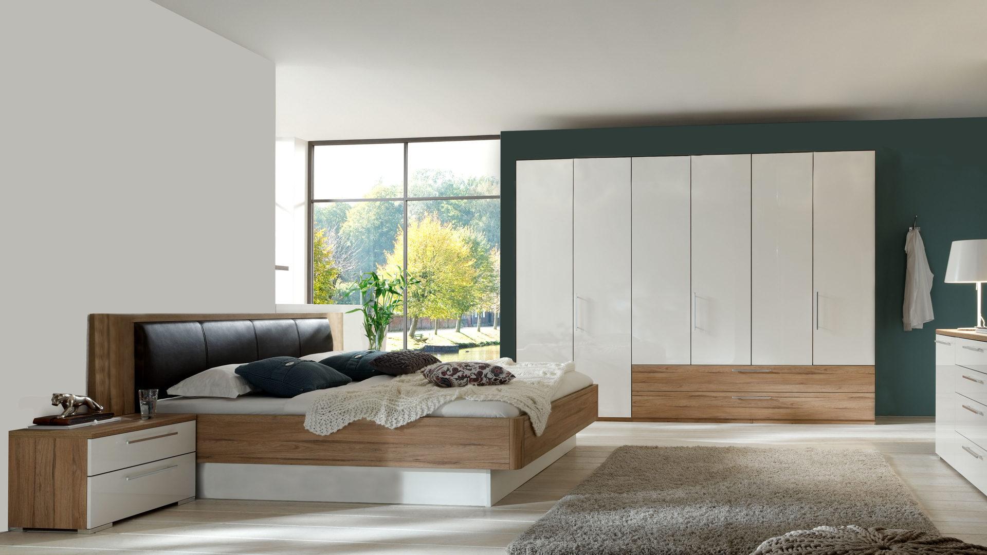 PARTNERRING COLLECTION Schlafzimmer Linus mit Möbeln zum Wohlfühlen,  alpinweiße Hochglanzoberflächen & Volano eichefarbene K