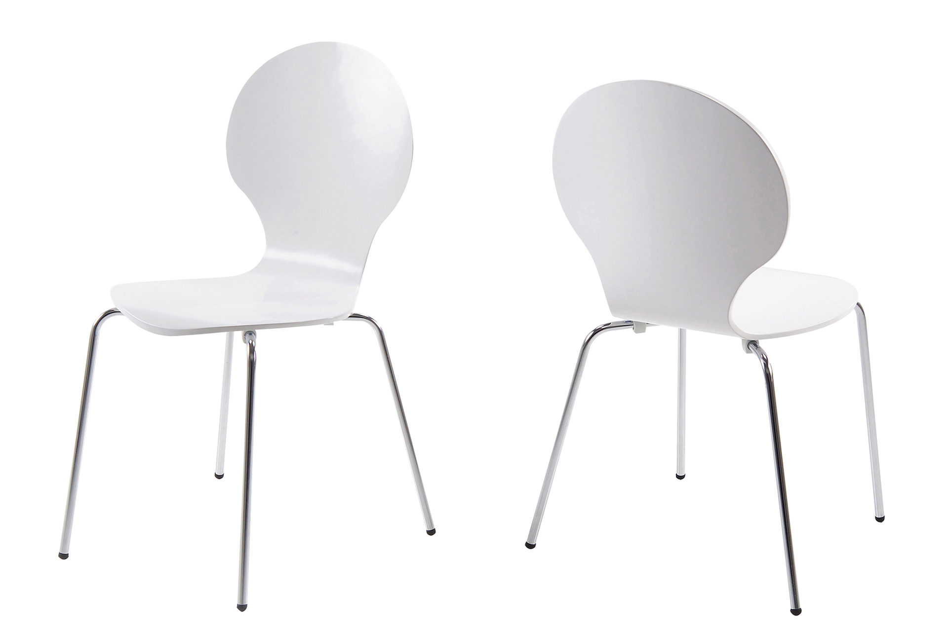 Stapelstuhl als vielseitig zu verwendendes Sitzmöbel, weiß lackierte ...