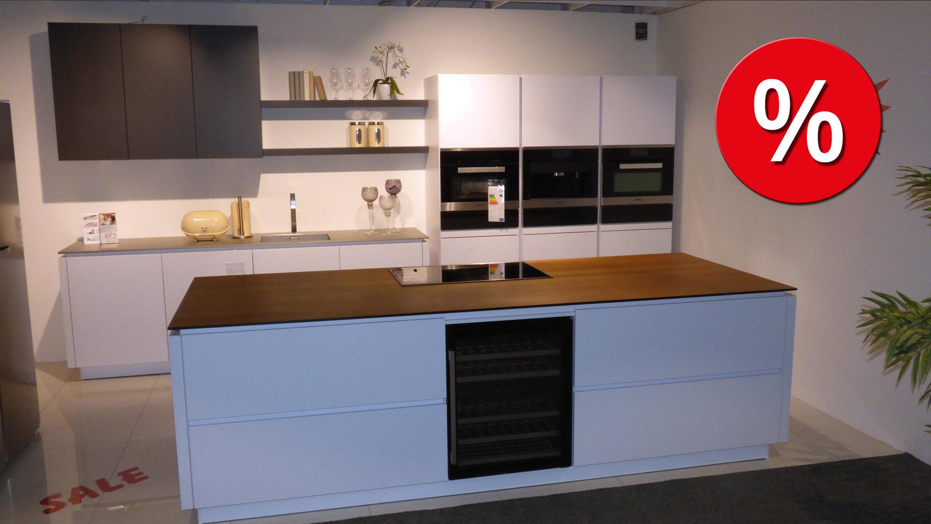 Grifflose Alno Küche Einbauküche Sund inkl. Miele E-Geräte und, Bad ...