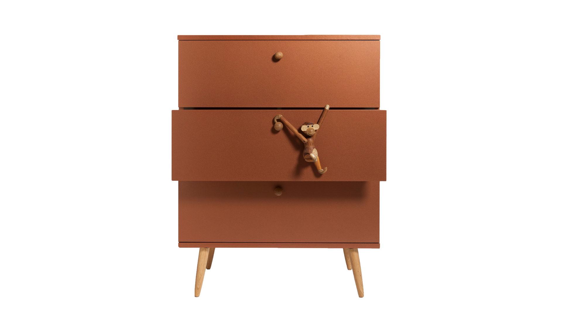 Schubladenkommode als Wohnzimmermöbel mit Stil, matte, kupferfarben ...