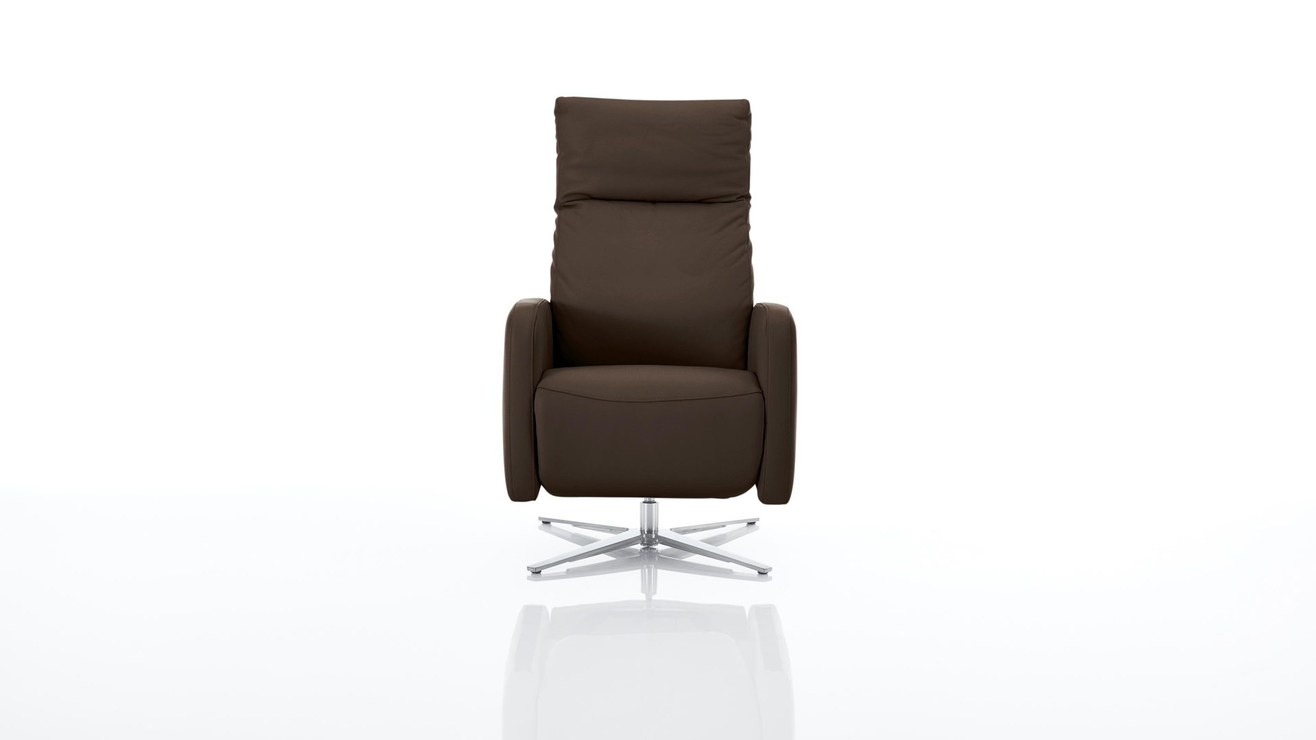 Sessel Interliving aus Leder in Braun Interliving Sessel Serie 4501 – Polstermöbel macchiatofarbenes LongLife-Leder Z77-54 & satinierter Nickel-Sternfuß